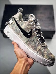Tenis Nike Casual, Tenis Nike Air Max, Nike Af1, Nike Air Force, Nike Shoes, Sneakers Nike, Popular Sneakers, Fashion Shoes, Mens Fashion