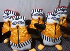 TV series Friends Debbie Mumm Hugsy Penguin Joey Tribbiani Handmade replica Hot