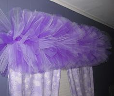 a Tulle Valance tutorial! May your bobbin always be full......: Tutu Valance Tutorial