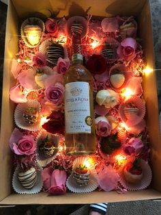 Chocolate covered strawberries, Wine & twinkle lights Roses $30 DIY Valentine Gift Baskets, Valentine Desserts, Valentines Day Treats, Valentine Box, Chocolate Covered Treats, Chocolate Dipped Strawberries, Wine Gift Boxes, Wine Gifts, Strawberry Box