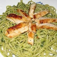 YUMMY! Hubby loved this. Chicken pesto florentine - click for recipe. REPINning. . .