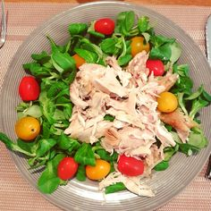 Une salade simple et colorée  pour un repas du soir léger💪🏽 💪🏽👌👌