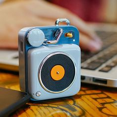 Mini Record Player Speaker from Apollo Box Mini Record Player Speaker – ApolloBox Phone Gadgets, Electronics Gadgets, Record Player Speakers, Record Players, Mp3 Player, Charles Ray Eames, Airpods Apple, Mini Bluetooth Speaker, Iphone Speakers