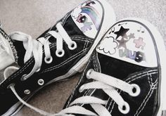 Converse <3 customized