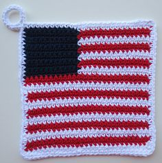 Jan 2016 - US Flag Potholder from My Recycled Bags Crochet Hot Pads, Crochet Towel, Form Crochet, Crochet Cross, Crochet Geek, Crochet Dolls, Potholder Patterns, Crochet Potholders, Knitting Patterns