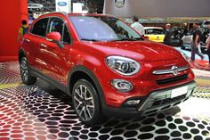The Fiat - the new compact crossover member of the Fiat 500 family - has debuted at the Paris Motor Show. On sale Mini Crossover, 4x4, Fiat 500x, New Fiat, Cars Uk, Jeep Renegade, Release Date, Car Photos, Autos