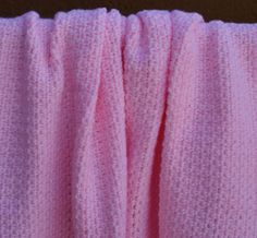 Fast, Easy, Free Crochet Baby Blanket Pattern: Pink Crochet Baby Blanket Free Pattern