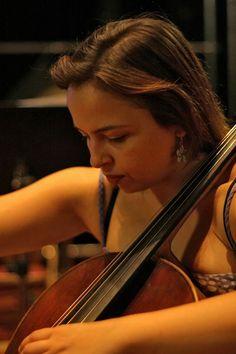 Ana Isabel Oliveira, violoncelo