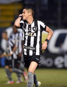 Cruzeiro negocia para ter lateral Diogo Barbosa, do Botafogo, em 2017 #globoesporte