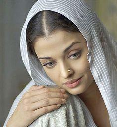 """Aishwarya in """"Umrao Jaan"""" {2006}"""