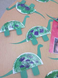 Ideas birthday crafts for kids preschool paper plates for 2019 Kids Crafts, Arts And Crafts For Teens, Daycare Crafts, Toddler Crafts, Crafts To Sell, Creative Crafts, Yarn Crafts, Dinosaurs Preschool, Dinosaur Activities