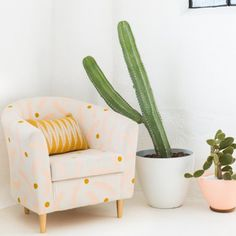Transform your old chair with this DIY painted chair tutorial!