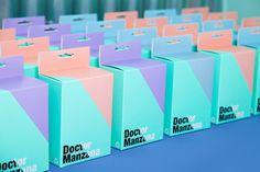 Doctor Manzana mobile store by Masquespacio, Valencia   Spain telecommunication