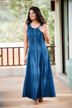 Simple Dresses, Casual Dresses, Fashion Dresses, Night Gown Dress, Frock For Women, Kurta Designs Women, Kurti Designs Party Wear, Stylish Sarees, Pakistani Dress Design