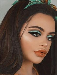 Long Dark Brown Highlight Straight Synthetic Lace Front Wig – FashionLoveHunter Source by AndromedaRevel 1960s Makeup, Retro Makeup, Vintage Makeup, 70s Makeup Look, Mod Makeup, Disco Makeup, Dark Makeup Looks, Scary Makeup, Clown Makeup