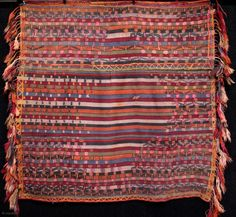 A woman's traditional shawl/belt (called 'şal kuşak') from the Sivas province. Wool, x 95 cm, with long tightly braided tassels. Kilims, Costumes For Women, Traditional Outfits, Bohemian Rug, Shawl, Triangle, Textiles, Belt, Wool