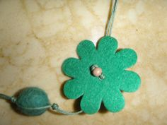 Felt Necklace, Felt Flowers, Wooden Beads, Jewels, Trending Outfits, Unique Jewelry, Handmade Gifts, Green, Earrings