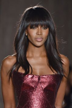 Choppy, thick bangs are a great way to change up a signature hairstyle, like Naomi's long, slightly wavy locks. Thick Bangs, Long Hair With Bangs, Wavy Hair, Hairstyles With Bangs, Cool Hairstyles, Beach Hairstyles, Men's Hairstyle, Formal Hairstyles, Ponytail Hairstyles