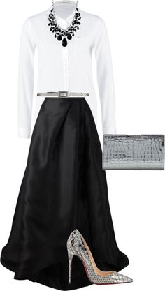 You never thought that a simple white shirt can be the perfect choice for an evening event? It can be!