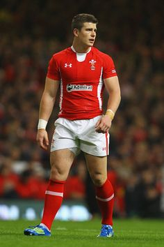 Continuing the Welsh rugby stud theme, here's Scott Williams Welsh Rugby, Rugby Players, Sporty, Tumblr, Football, Running, Guys, Fitness, Men