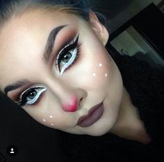 40 Christmas Makeup Ideas That Are In Trend - List of the most beautiful makeup New Year's Makeup, Fx Makeup, Beauty Makeup, Makeup Box, Hair Makeup, Maquillage Halloween, Halloween Makeup, Makeup Themes, Makeup Ideas