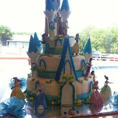 Disney Princess Cake! :)