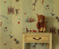 I'm in love with circus theme. Also comes in sparkly vinyl. Nursery decor, Custom and Children wallpaper - Luxury wallcovering - Made in LA