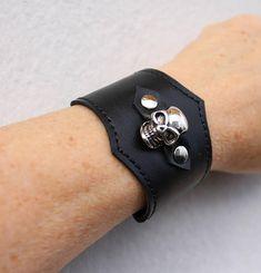 bracelet tête de mort  bracelet skull  bracelet noir  skull