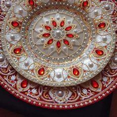 Stunning plates with a list Mandala Art, Mandala Painting, Mandala Pattern, Magic Design, Lace Art, New Media Art, Dot Art Painting, Painted Plates, Simple Rangoli