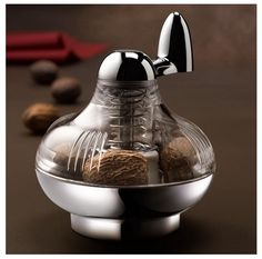 Germany Brand Nutmeg Grinder Spice Mill Manually Rotated Grinder Grinding Bottle Rotary Manual Spices Mill Grinding Bottles