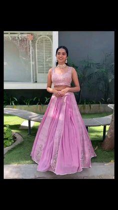 Party Wear Indian Dresses, Designer Party Wear Dresses, Indian Gowns Dresses, Indian Bridal Outfits, Indian Bridal Fashion, Indian Fashion Dresses, Dress Indian Style, Indian Designer Outfits, Long Dress Design