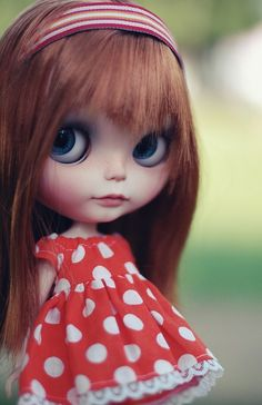 Blythe with a dots dress