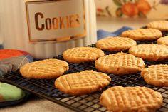 Easiest Peanut Butter Cookies | MrFood.com