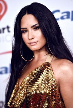 How Demi Lovato is living her best life after rehab – Celebrities Female Selena Gomez, Demi Lovato Style, Demi Lovato 2017, Demi Lovato Makeup, Demi Love, Ariana Grande, Demi Lovato Pictures, Woman Crush, Pretty People
