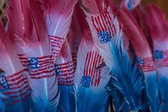 feather U. flag on feathers American flag feathers Spooky Halloween Crafts, Feather Flags, Go Fly A Kite, Happy Birthday America, Build Your Brand, Independence Day, Best Funny Pictures, Free Gifts, American Flag