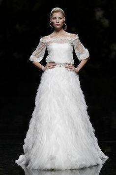 UNARE - Pronovias 2013 Bridal Collection, via Flickr.