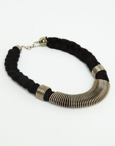 BRAIDED CHAIN NECKLACE - JEWELLERY - WOMAN - PULL&BEAR Bosnia and Herzegovina