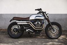 Moto Guzzi V7 Scrambler par BAAK Motocyclettes