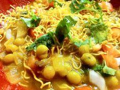 Spice it up...   Everyday Gujarati Food: Sev Usal