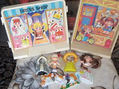 Hey, I found this really awesome Etsy listing at http://www.etsy.com/listing/128350469/knickerbocker-tyco-toys-doll-set-hard-to