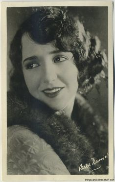 Just under 100 silent film actresses from the early to mid are shown in this gallery of vintage real photo postcards. Plus dating vintage postcards. 1920s Photos, Vintage Photographs, Old Postcards, Photo Postcards, Bebe Daniels, Golden Age Of Hollywood, Classic Hollywood, Old Hollywood Actresses, A Kind Of Magic