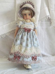 I love the detail she uses on this dress! Effner Little Darling BJD fashion blue Regency set OOAK handmade by JEC Girl Doll Clothes, Doll Clothes Patterns, Girl Dolls, Baby Dolls, Pretty Dolls, Cute Dolls, Beautiful Dolls, Dolly Fashion, Fashion Dolls