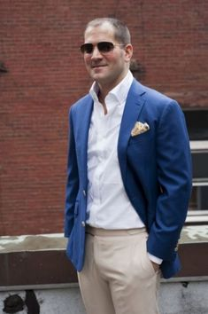 #fatherofthebrideoutfit #father #of #the #bride #outfit #suits #fatherofthebrideoutfit #father #of #the #bride #outfit #father #of #the #bride #outfit #dads Outfits Camisa Blanca, Father Of The Bride Outfit, Blazers, White Shirt Men, Beige Pants, Blue Coats, Wedding Suits, Wedding Attire, Wedding Dresses
