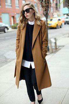 45 Stylish Camel Coat Outfit Ideas to Copy Right Now - Takki - Fashion Mode, Look Fashion, Winter Fashion, Fashion Outfits, Womens Fashion, Fashion Trends, Fashion Black, Latest Fashion, Fashion Ideas