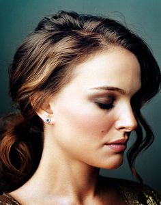 gorgeous hair and makeup on Natalie Portman