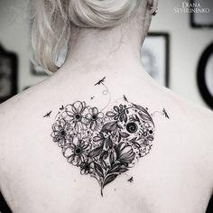 "Tatuagem feita por <a href=""http://instagram.com/dianaseverinenko"">@dianaseverinenko</a> ♡"