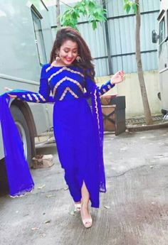 ⏱💙💜💙💜 Neha Kakkar Dresses, A Line Kurti, Heavy Dresses, Designer Party Wear Dresses, Punjabi Dress, Embroidery Suits Design, Bridal Lehenga Choli, Applique Dress, Indian Attire