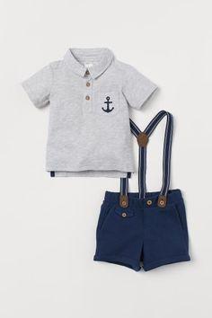 NWT Crazy 8 NEON PREPPY Boys Size 2T or 3T Denim Jean Shorts Tee Shirt 2-PC SET