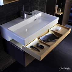 Jacob Delafon Kitchen Sinks : ... about Ceramic Elements on Pinterest Basins, Ceramics and Sinks