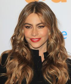 Color inspiration: Sofia Vergara's Butterscotch Brown